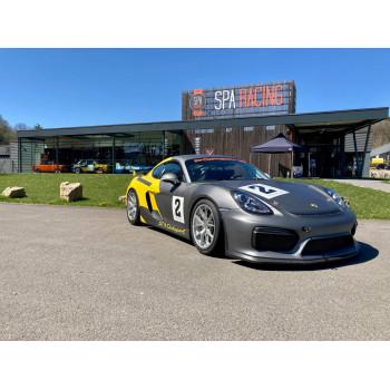 Porsche Cayman GT4...
